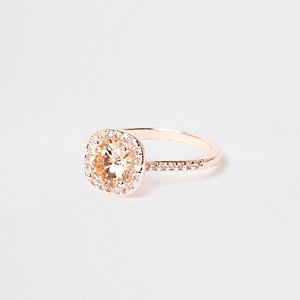 Rose gold tone square rhinestone pave ring
