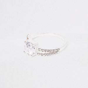 Silver tone split band diamante ring