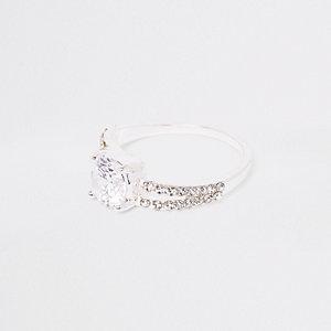 Zilverkleurige gespleten ring met siersteentjes