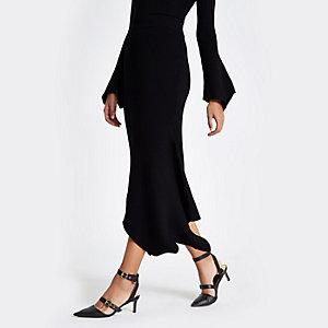 Zwart ribbel gebreide midi-jurk met asymmetrische zoom