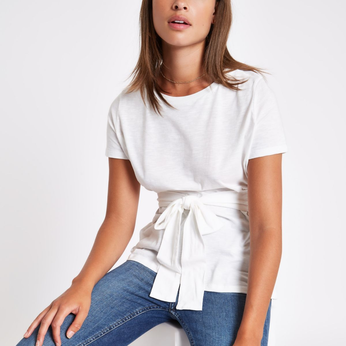 White fitted tie front T-shirt