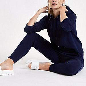 Marineblauwe ruimvallende hoodie