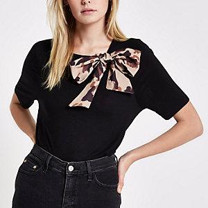T-shirt noir avec nœud à imprimé léopard