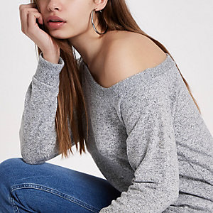 Light grey one shoulder top