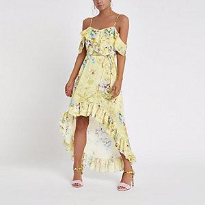 Petite gele gebloemde maxi-jurk met ruches