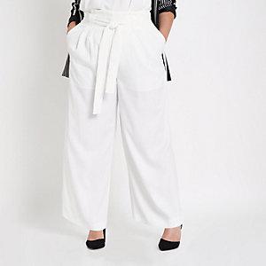RI Plus - Witte broek met ingesnoerde taille en wijde pijpen