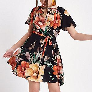 Zwarte jurk met bloemenprint