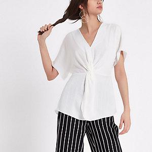 T-shirt en satin blanc noué devant