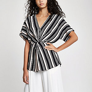 Black stripe twist front top