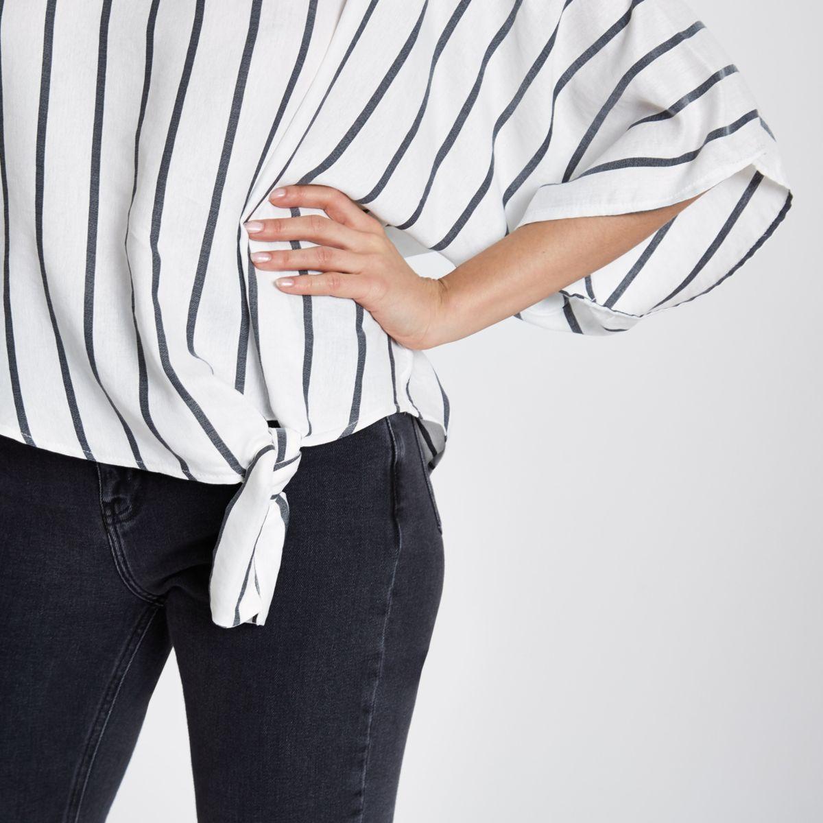 Grijs gestreept T-shirt met knoop opzij