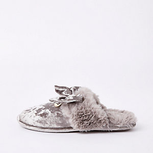Grey velvet bow mule slippers