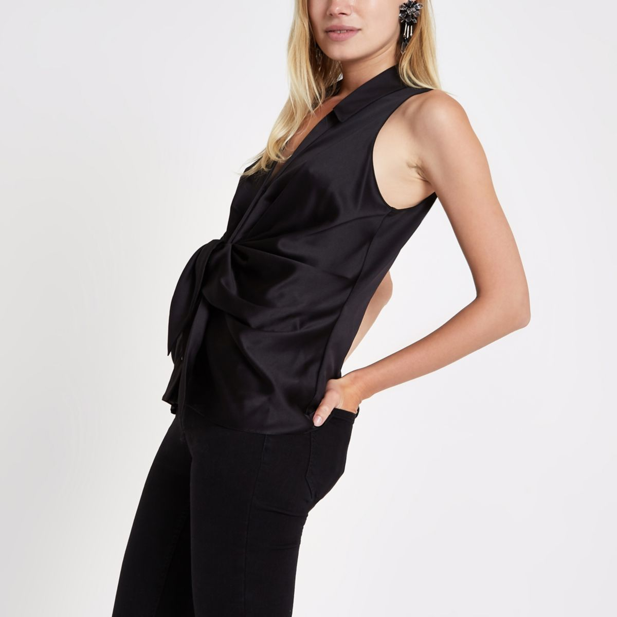Black twist front sleeveless shirt