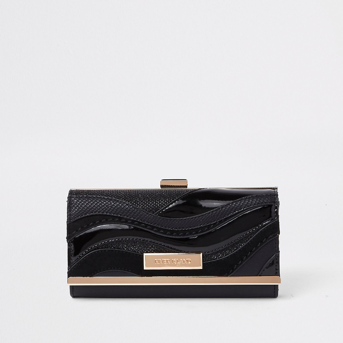 Black cutabout wave panel clip top purse