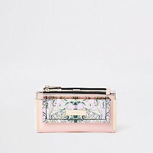 Roze uitvouwbare portemonnee met gebloemd paneel