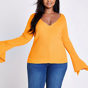 Plus yellow rib knit wide sleeve V neck top