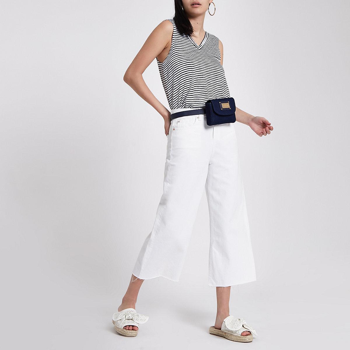 245f29bd3ede27 Witte gestreepte tanktop met V-hals - T-shirts - Tops - Dames