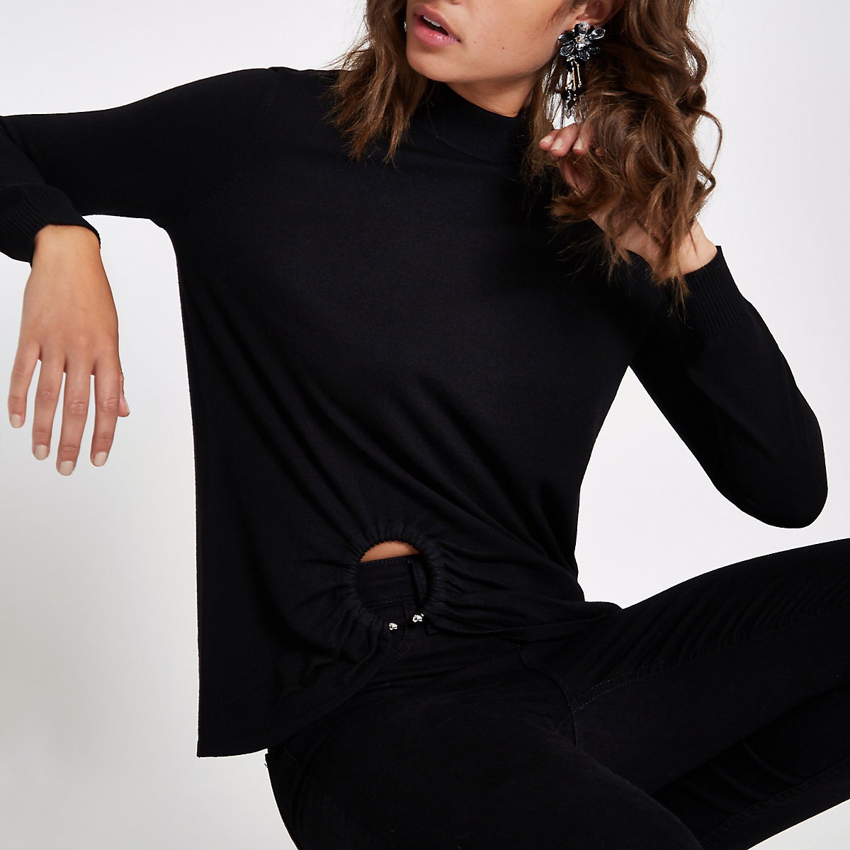 Black knitted ring detail top