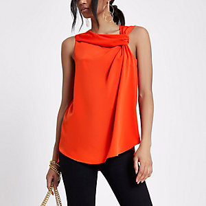 Red twist front tank top