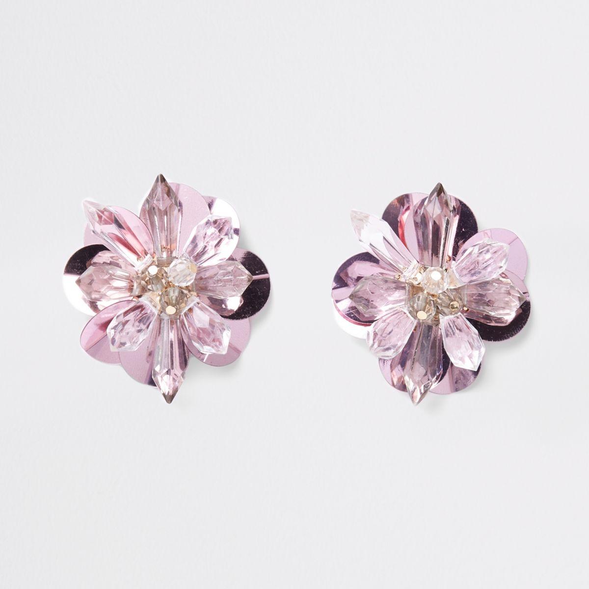 Roze oorknopjes met kraaltjes, pailletten en 3D bloem