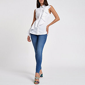 White frill sleeveless shirt