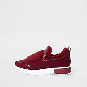 Donkerrode instapsneakers met imitatiebont