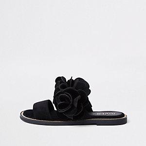 Schwarze Sandalen mit zwei Riemen und 3D-Blume