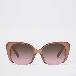 Roze glamoureuze zonnebril met uitsnede en roze glazen