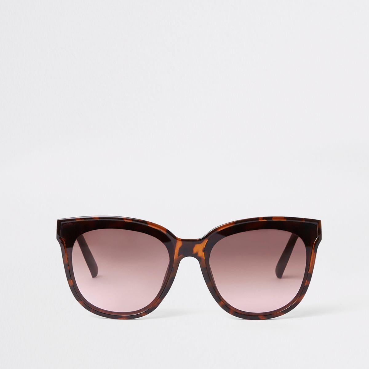Brown tortoise shell laid on lens sunglasses