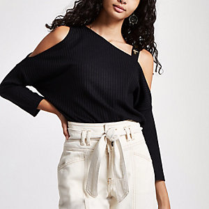 Black rib button cold shoulder top