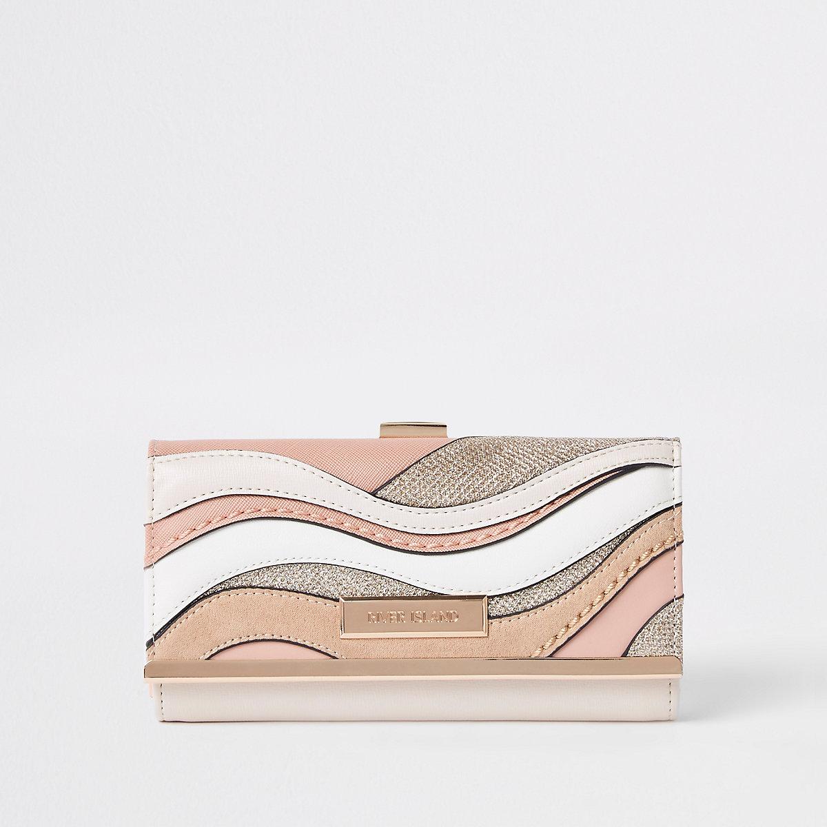 Pink cutabout cliptop purse