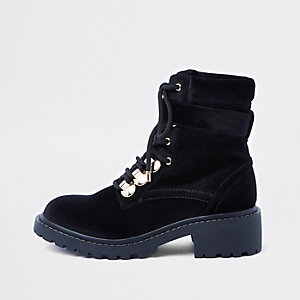 Black lace-up chunky boots