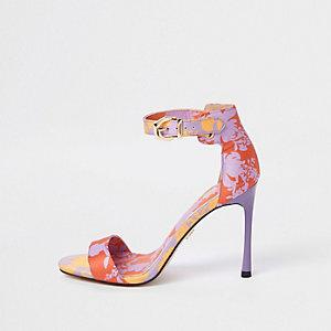 Paarse minimalistische sandalen met bloemenprint