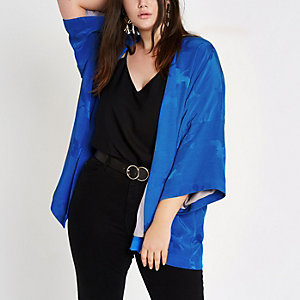 Plus – Kimono en jacquard bleu
