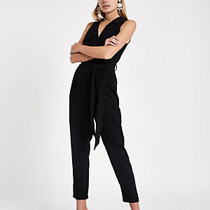 Zwarte tailored mouwloze jumpsuit