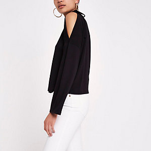 Black tie shoulder knitted top