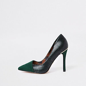 Groene pumps met gevouwen voorkant en brede pasvorm
