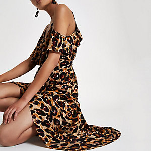 Leopard print frill cold shoulder maxi dress