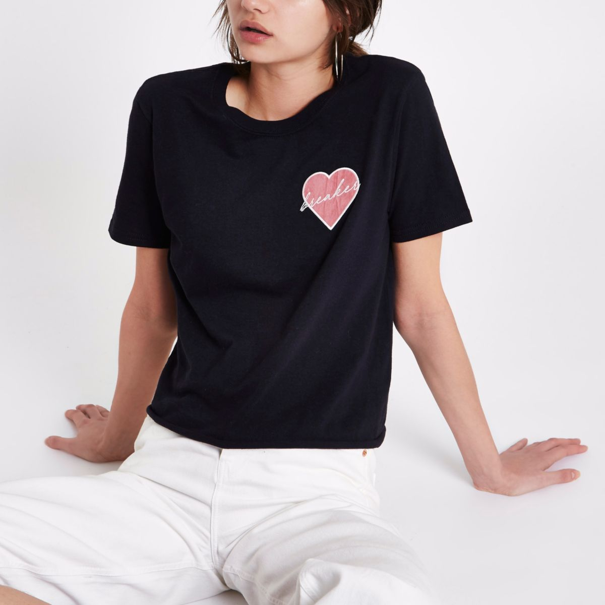 Zwart T-shirt met 'heartbreaker'-patch
