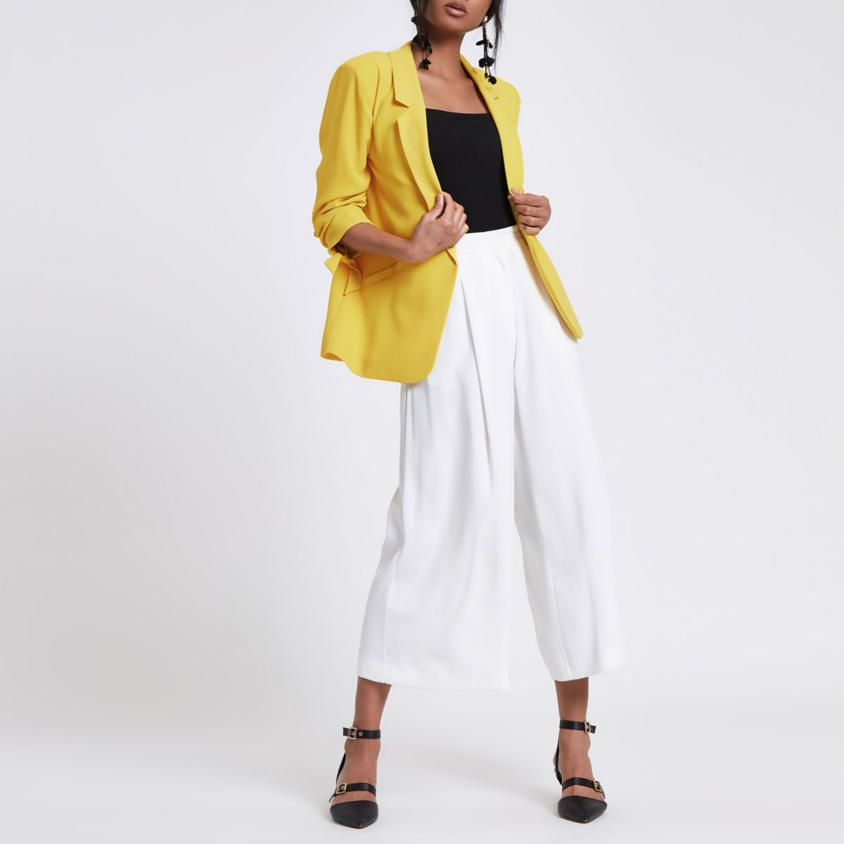 Yellow ruched sleeve blazer