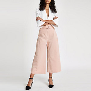Light pink contrast stitch belted culott
