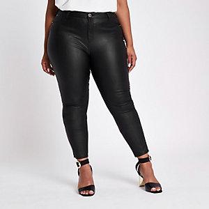 Plus – Schwarze, beschichtete Skinny Jeans