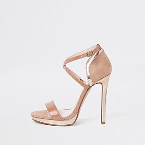 Beige minimalistische sandalen met plateauzool