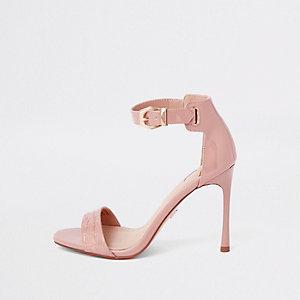 Lichtroze minimalistische sandalen met krokodillenprint
