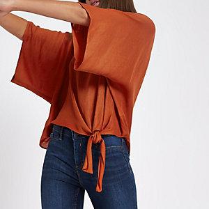 T-shirt orange foncé avec nœud sur le côté