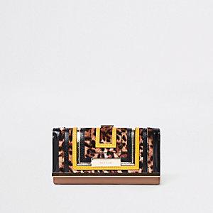 Porte-monnaie à imprimé léopard beige à découpe et fermoir clip