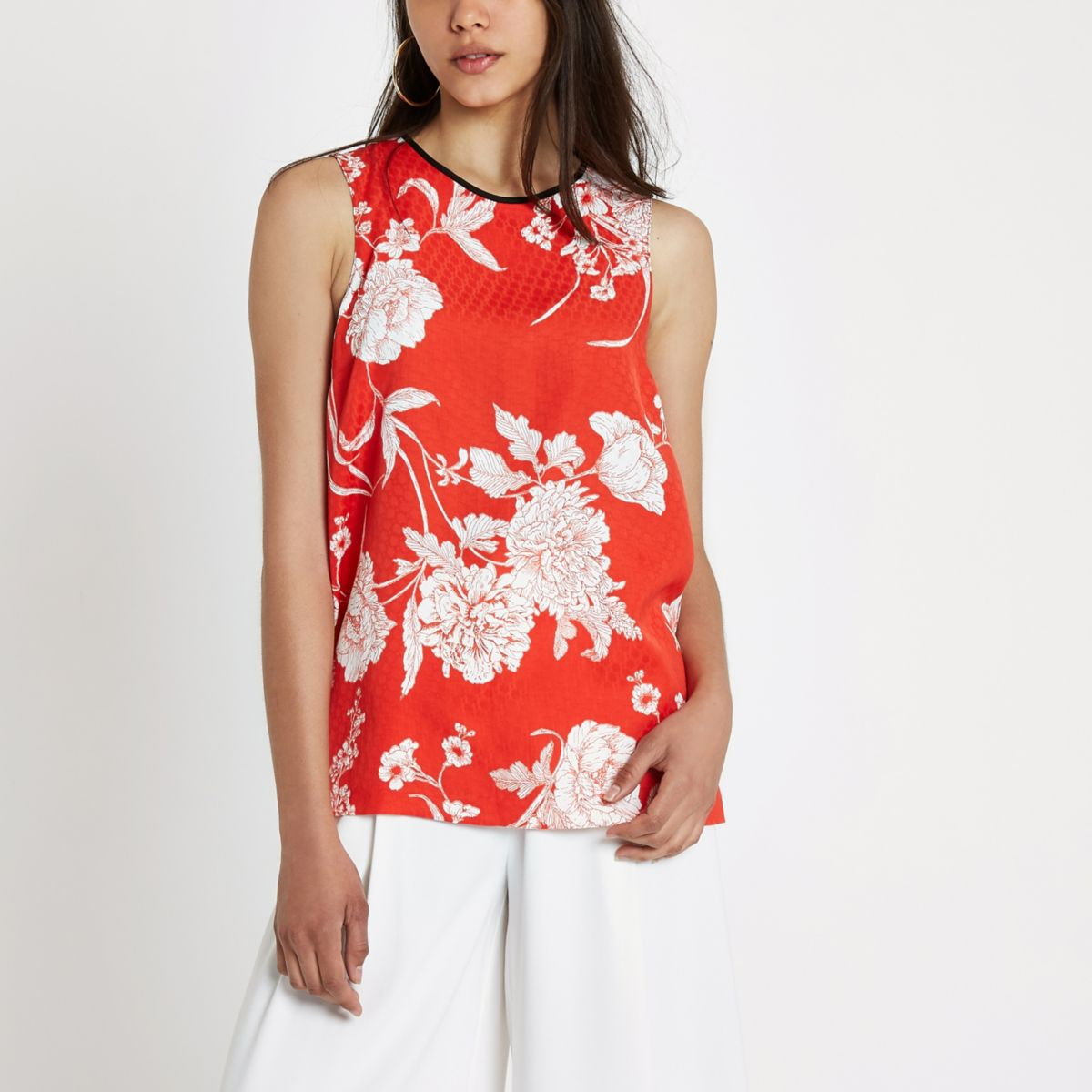 Red floral jacquard sleeveless top