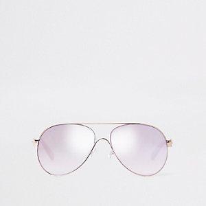 Goldene Pilotensonnenbrille mit getönten Gläsern