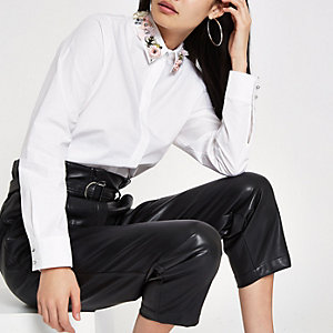 White floral embellished collar shirt