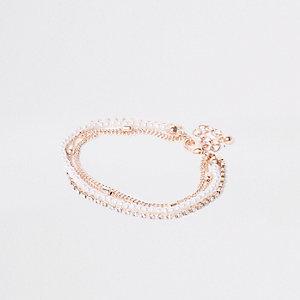 Roségoudkleurige armband met parels en diamantjes