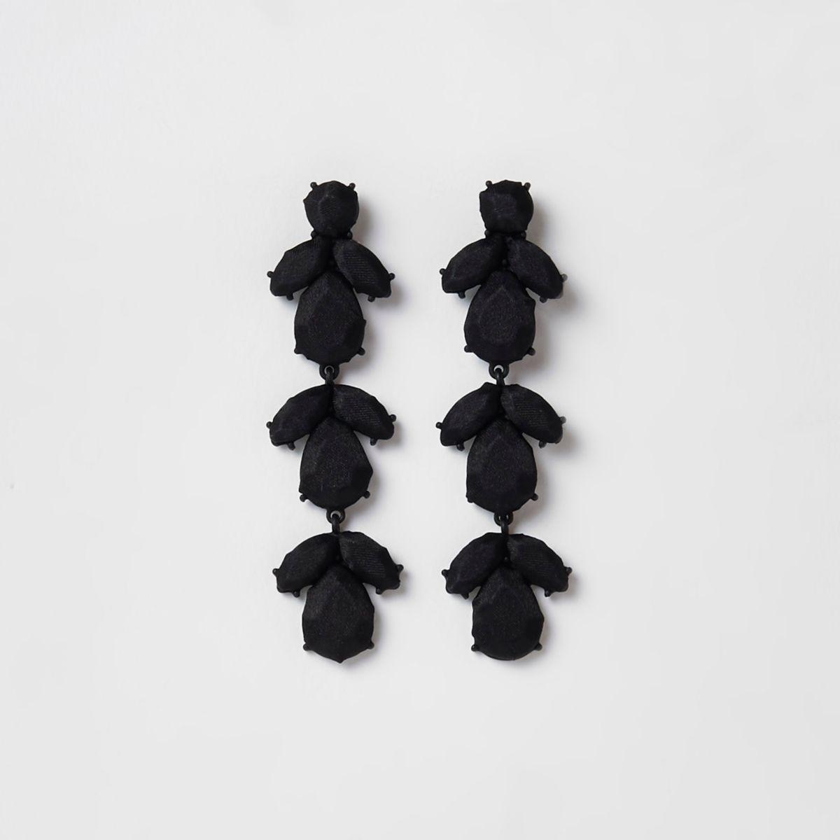 Zwarte oorclips met satijn en siersteentjes